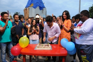 Actor Nakul celebrated his birthday SEI Sets