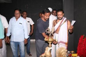 Udhayanidhi Stalin - Director Ezhil Movie Pooja Stills