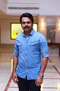Actor Karthi @ Dheeran Adhigaram Ondru Success Meet Stills