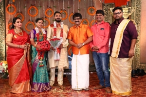 Seetha, Vivek, Cell Murugan @ Parthiban daughter Keerthana Akshay Wedding Photos