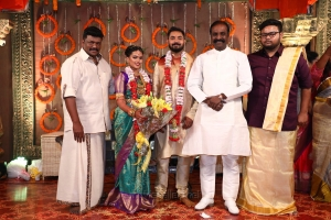 Vairamuthu @ Parthiban daughter Keerthana Akshay Wedding Photos
