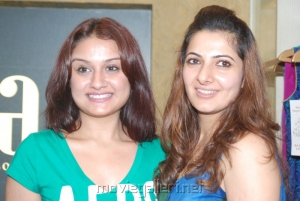 Actress Sonia Puneet Gupta Invitations