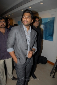 Allu Arjun at Ramakanth Painting Exhibition Launch