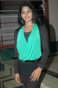 Kandathum Kaanaadathum Actress Swasika Stills