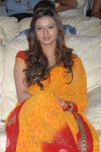 Telugu Actress Isha Chawla Cute Stills in Yellow Saree