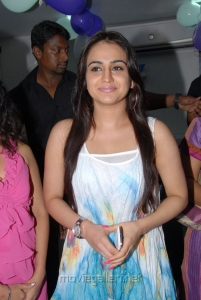 Telugu Actress Aksha Pardasany Photos