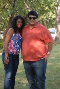 Sonia Deepti, Krishnudu at Mr Manmadha On Location Stills