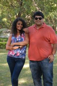 Sonia, Krishnudu at Mr.Manmadha On Location Stills