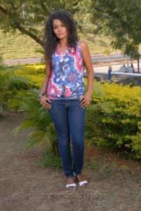 Telugu Actress Sonia Hot Photos