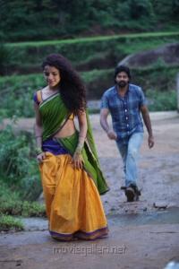 Hot Piaa Bajpai, Naveen Chandra in Koottam Movie Stills