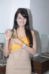Telugu Actress Saloni At Hiya Jewellery Hyderabad Stills