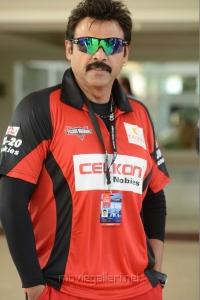 Venkatesh in CCL Telugu Warriors Team Members 2013 Photos