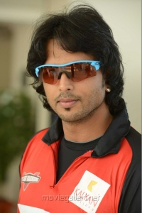 Adarsh in CCL Telugu Warriors Team Members 2013 Photos