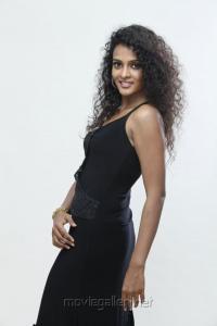 Actress Sonia Deepti in Mr Manmadha New Photos