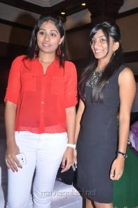 Archana, Sneha Britto at Summa Nachunu Irukku Movie Press Meet Stills