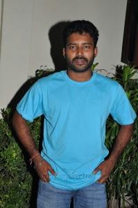 Actor Dinesh @ Cuckoo Movie Success Meet Stills