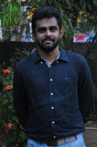 Director Balaji Mohan @ Vaayai Moodi Pesavum Press Show Stills
