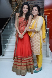 Mahima Nambiar @ Mosakutti Movie Audio Launch Stills