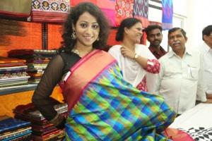 Actress Deepu Naidu Pics @ Pochampally IKAT Art Mela 2014