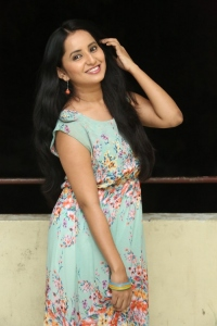 Actress Ishika Singh @ Malli Raadoy Life Movie Success Meet Stills