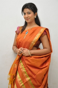 Geethanjali Thasya @ Yeluka Majaka Movie Logo Launch Stills