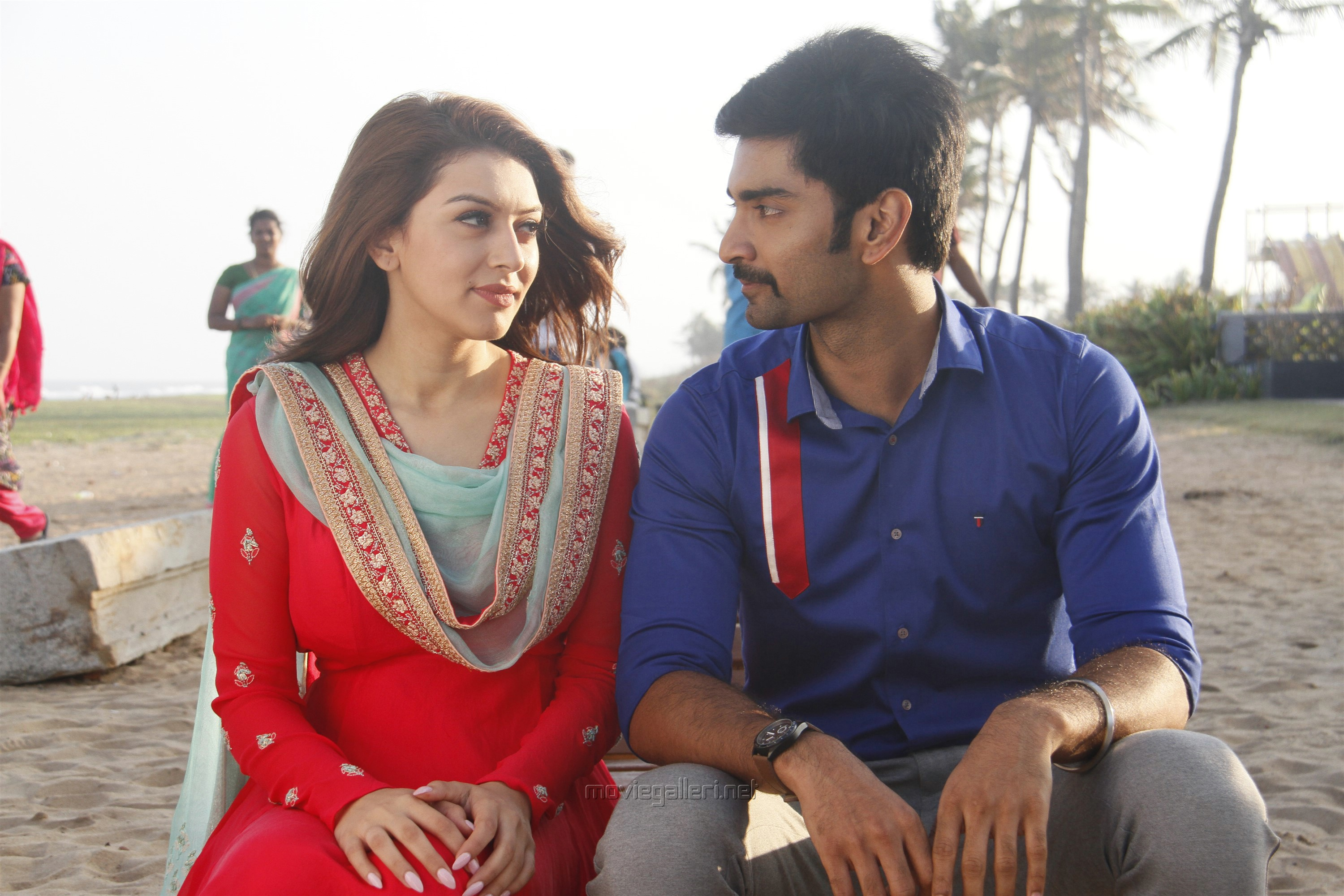 Hansika, Atharva in 100 Movie Images HD