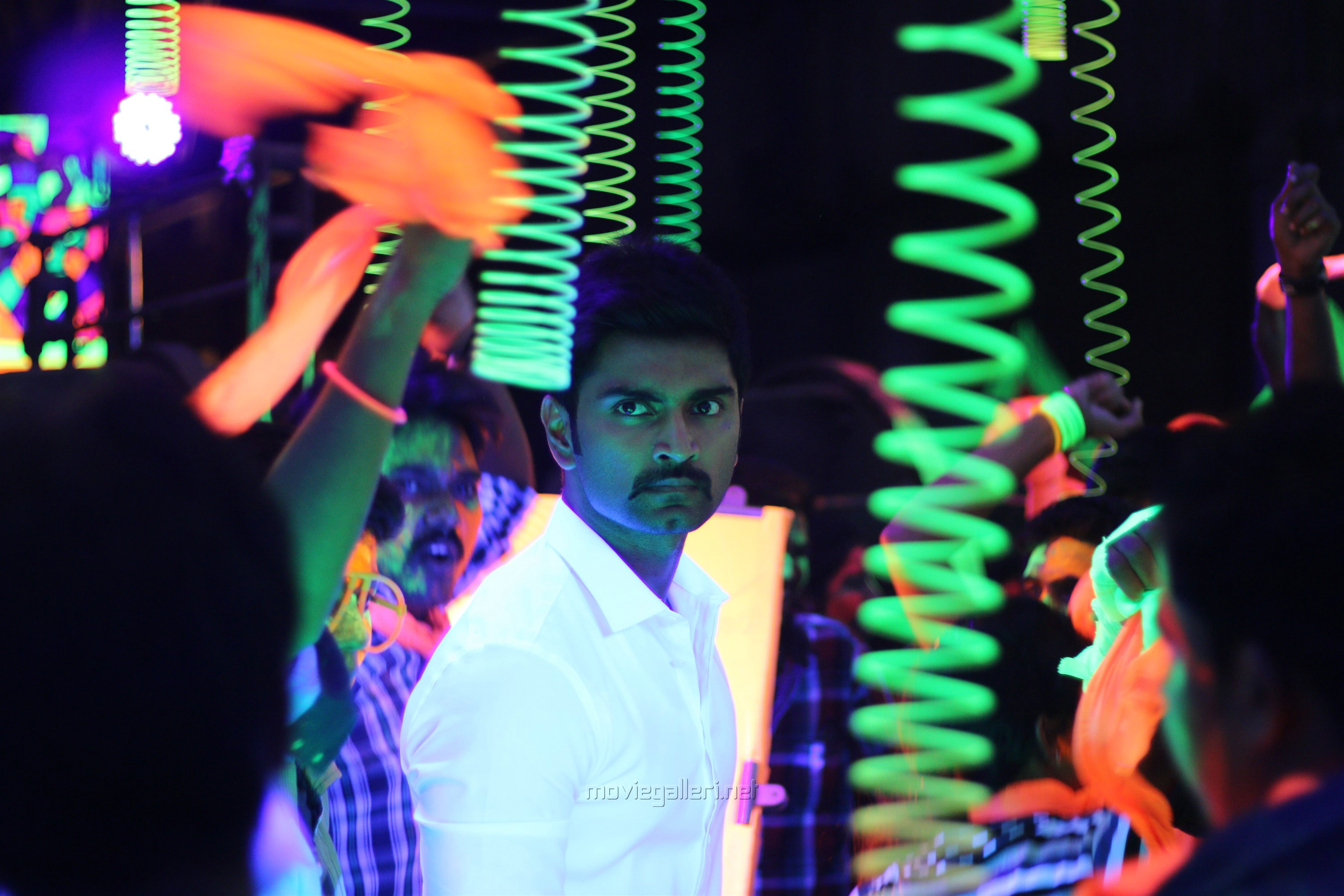 Actor Atharva in 100 Movie Images HD