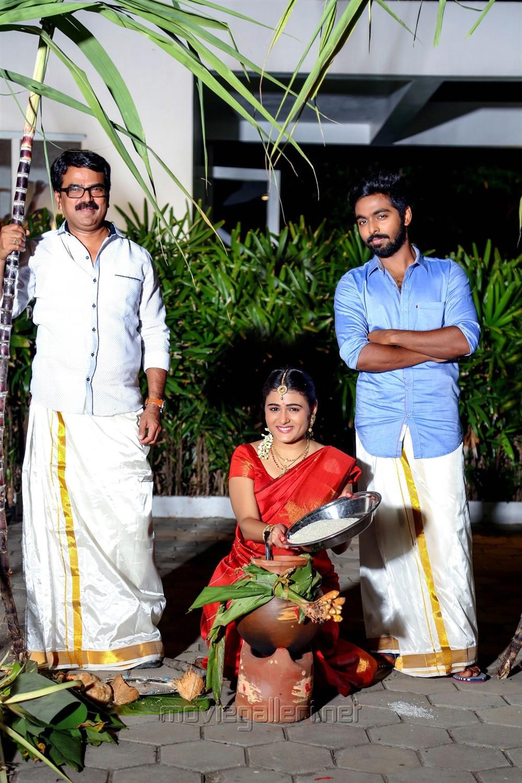 Shalini Pandey, GV Prakash @ 100 Percent Kadhal Team Pongal Celebration Photos
