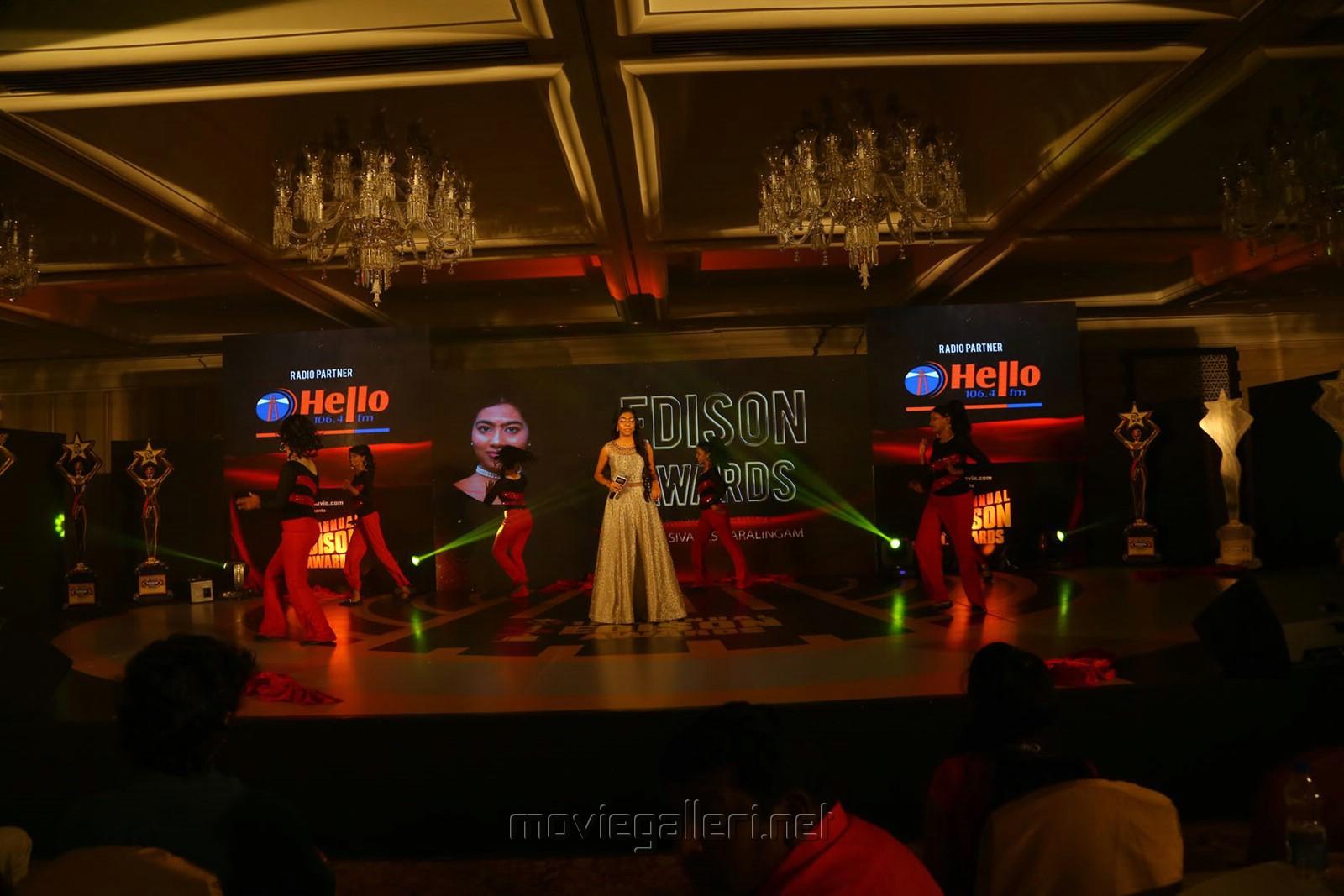 Singer Luksimi Sivaneswaralingam @ 11th Annual Edison Awards 2018 Stills