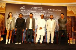Amy Jackson, AR Rahman, Shankar, Rajinikanth, Subaskaran Allirajah, Akshay Kumar @ 2.0 Press Meet Dubai Photos