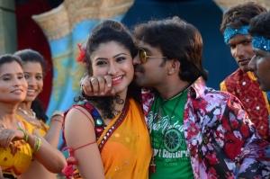 Vishnu Priya, Gopinadh in 21st Century Love Movie Photos