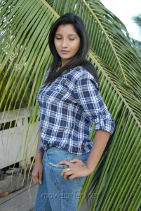 Actress Vinisha at 3 Eye Creations Press Meet Stills