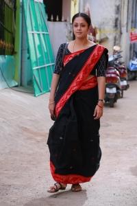 36 Vayathinile Jyothika Photos