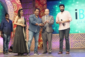 Ashna Zaveri, Siddharth Vipin @ 3rd Annual TEA Awards 2016 Photos