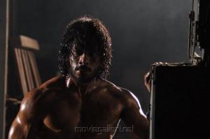 Actor Bharath in Ainthu Ainthu Ainthu Tamil Movie Stills