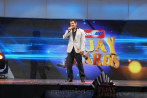 Actor Vikram @ 5th Annual Vijay Awards 2011 Event Stills Photos