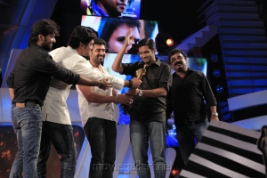 Best COMEDIAN award was given to SANTHANAM for the film 'Boss Engira Baskaran'.