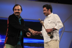 Seenu Ramasamy, Yugi Sethu @ 5th Annual Vijay Awards 2011 Event Stills Photos