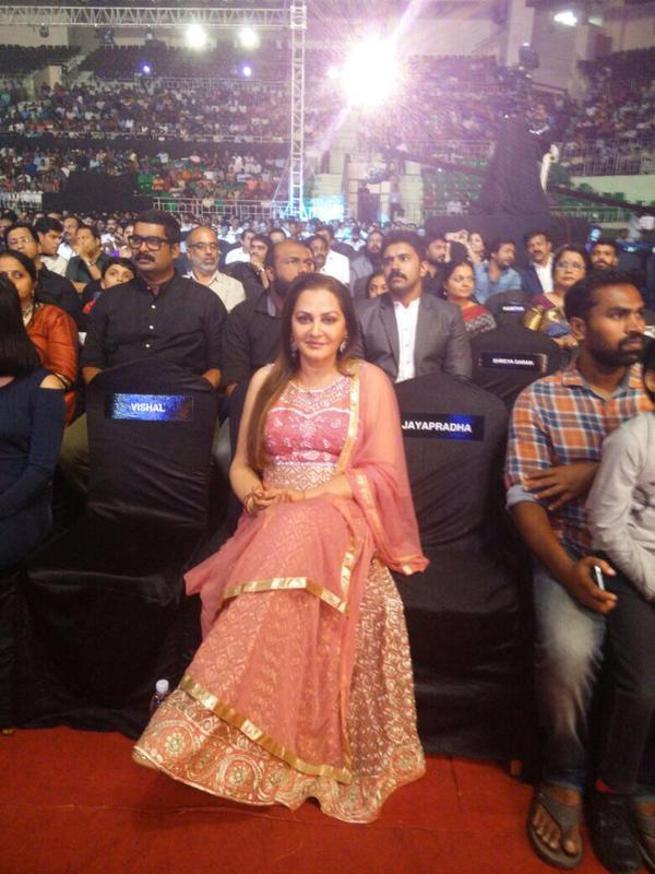 Jayaprada @ 62nd Filmfare Awards South 2015 Images