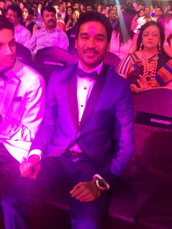 Dhanush @ 62nd Filmfare Awards South 2015 Images