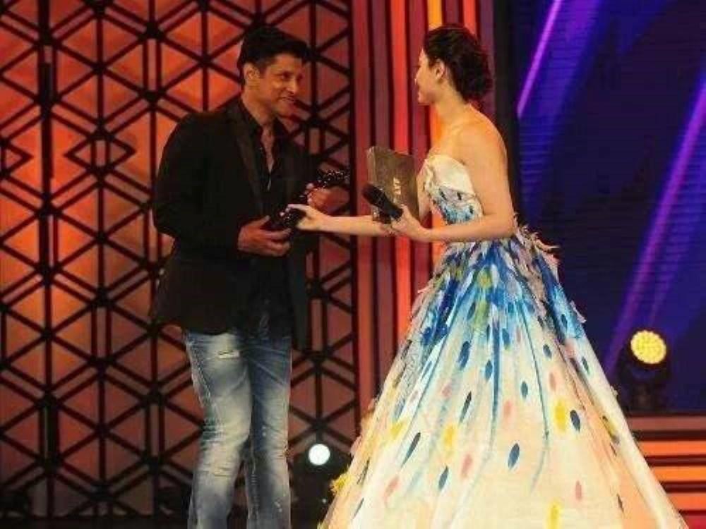 Vikram, Tamanna @ 63rd Britannia Filmfare Awards South 2016 Stills