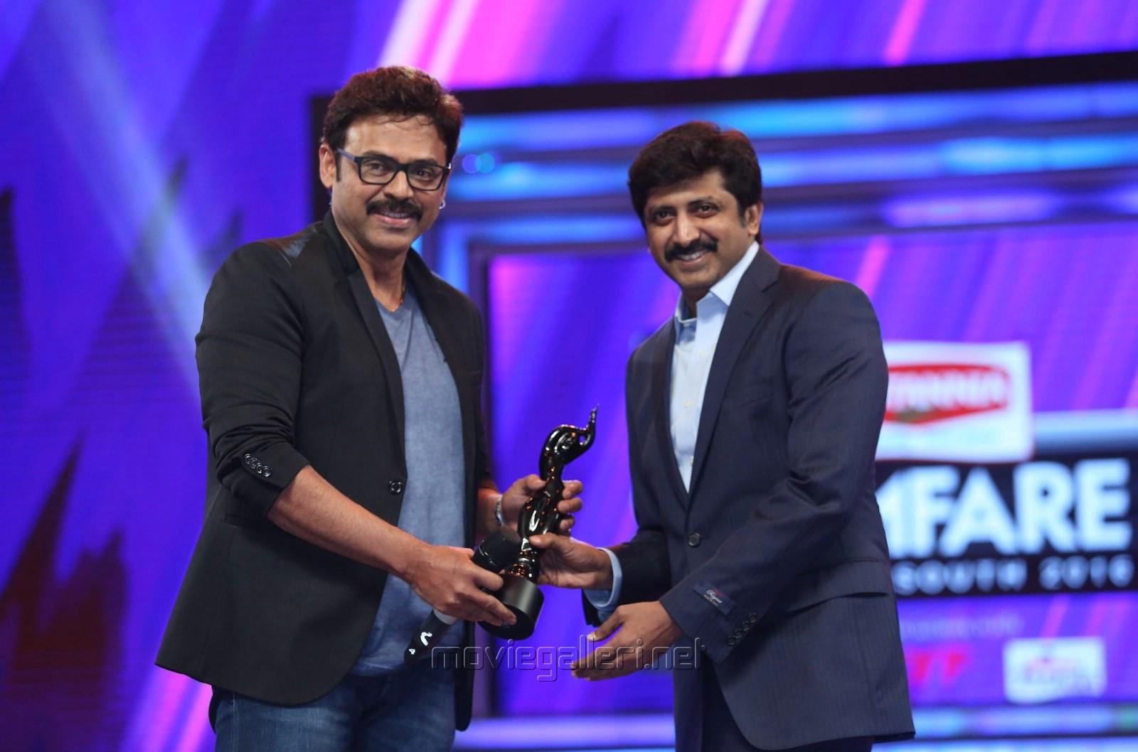 jayam-ravi-got-critics-best-actor-male-award-for-thani-oruvan-63rd-britannia-filmfare-awards-south-function