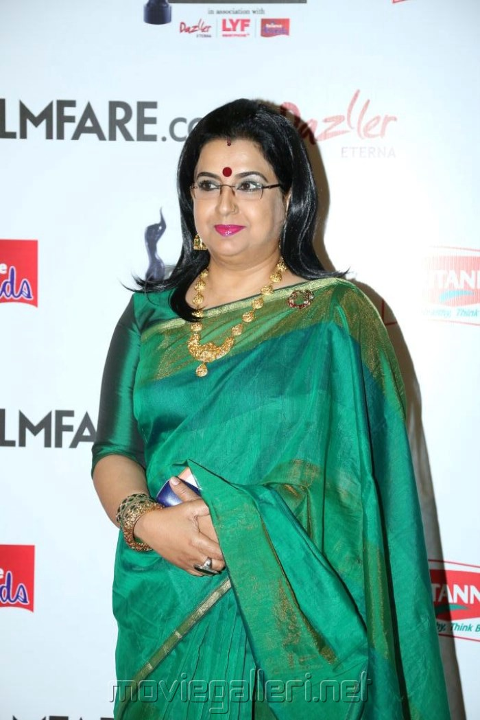 Actress Ambika @ 63rd Filmfare Awards South 2016 Red Carpet Stills