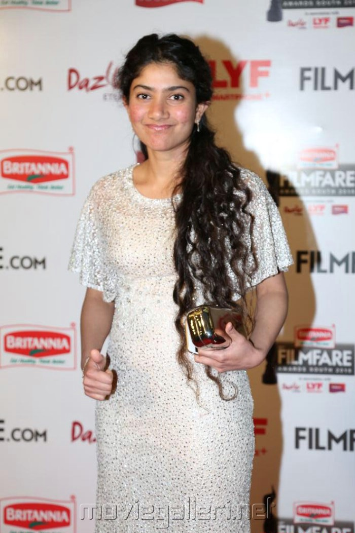 Actress Sai Pallavi @ 63rd Filmfare Awards South 2016 Red Carpet Stills