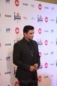 Actor R Madhavan @ 64th Jio Filmfare Awards South 2017 Event Images