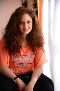 Actress Nikesha Patel in 7 Naatkal Movie Latest Photos