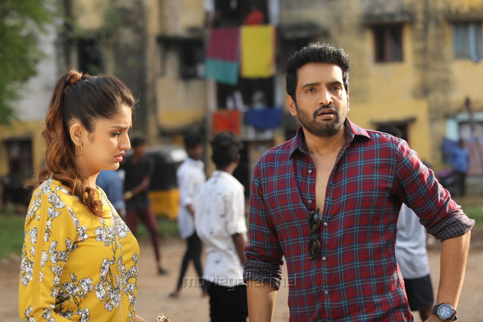 Tara Alisha Berry, Santhanam in A1 Movie Images HD