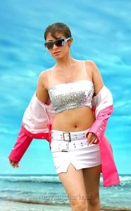 Actress Sada in Aa Roju Em Jarigindi Hot Stills