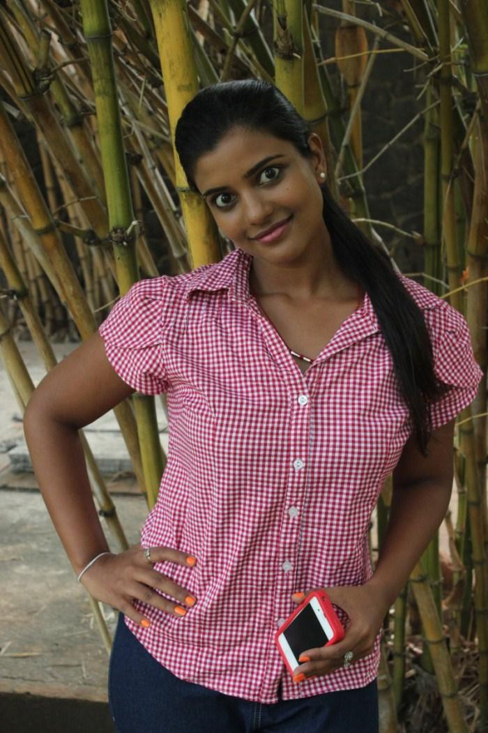 TV Actress Aishwarya Photo Shoot Stills