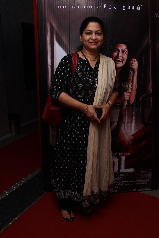 Meera Krishnan @ Aadai Movie Celebrities Show Stills